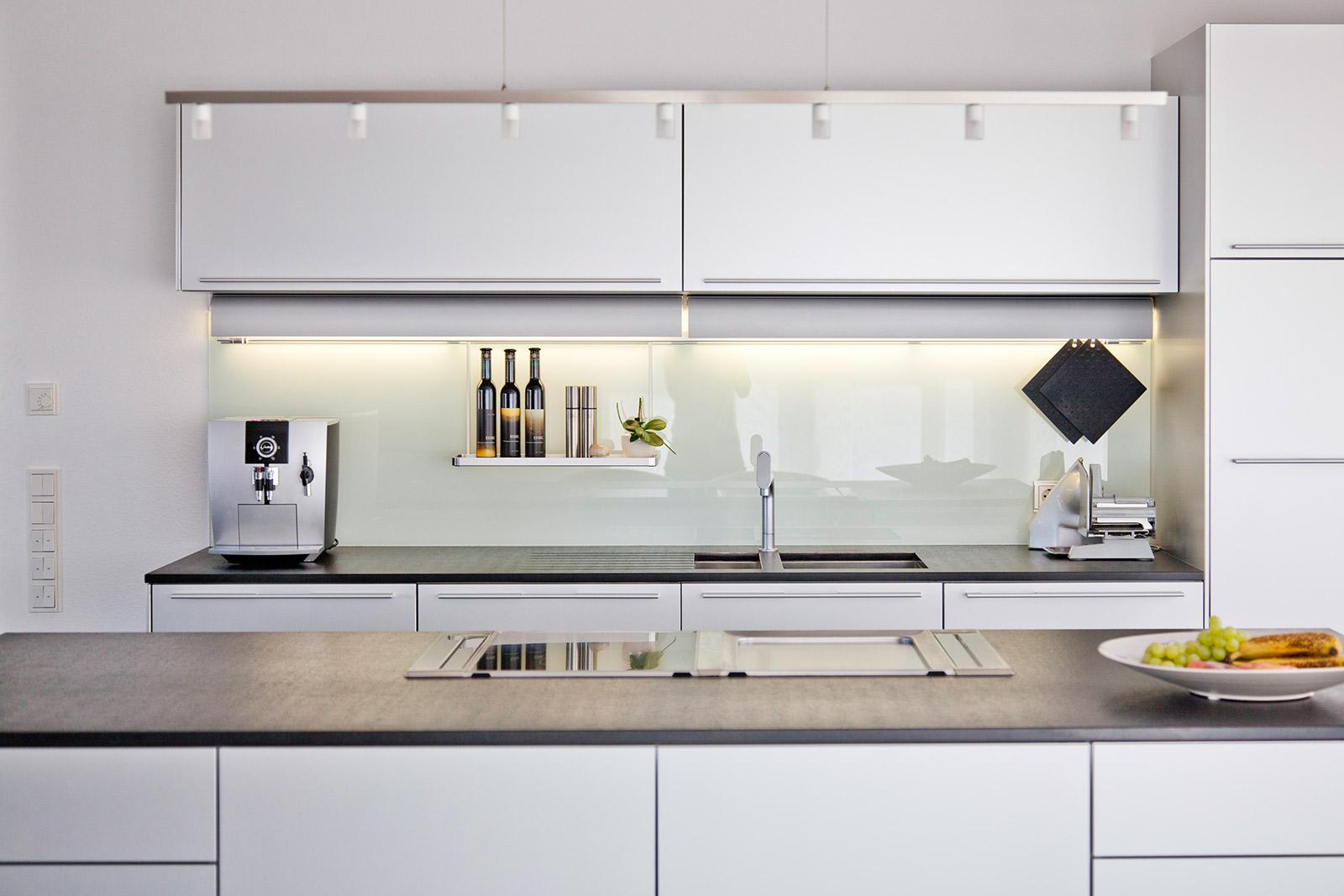 Erfreut Küche Design Unternehmen In Dubai Galerie - Küchen Ideen ...
